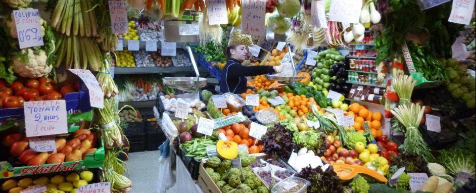 Verduras y Frutas Mercado - Vegetables & Fruits  Market Barbate